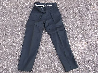 29133f4c5a Riesen Posten Safari Hosen 2-teilig Hosenbeine trennbar ca.180 Hosen  gebraucht kaufen Kruft