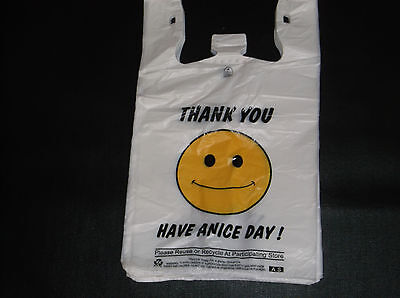 235 Ct Plastic Shopping Bagst Shirt Type Grocery Happy Face White Big Bags.