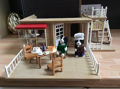 Sylvanian Families Village Bakery Accessories & Figures