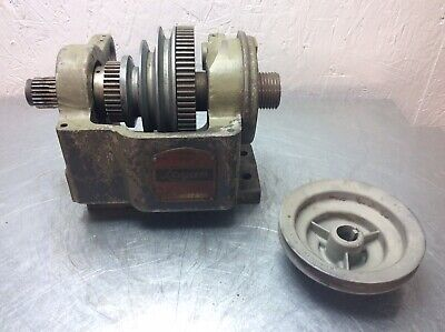 Logan 400 Metal Lathe 9 Headstock W Gears Pulley Vee Belt