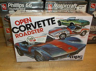 MPC 1/25 Open Corvette Roadster Build Three Ways PLASTIC MODEL KIT MPC842/12