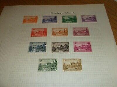 Page of 12 Vintage Norfolk Island   Stamps