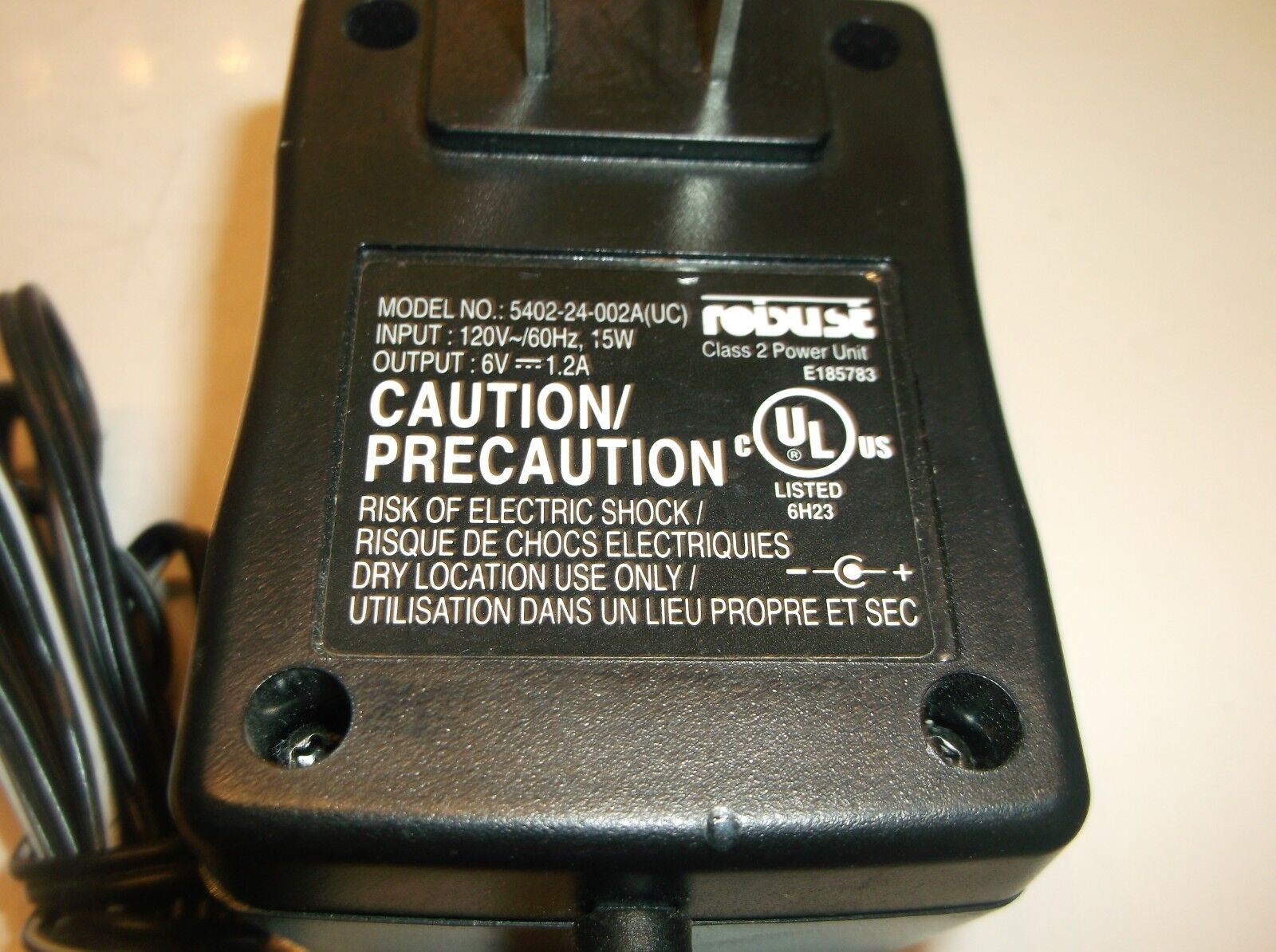 Robust 5402-24-002A AC Adapter 6V DC 1.2A