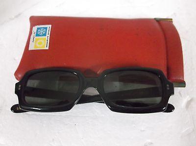 True 60's Vintage Winsum by Liberty USA Women's Sunglasses. Black frame/Lenses