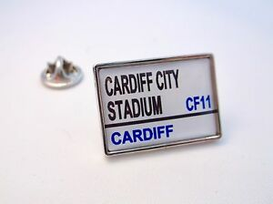 CARDIFF-STADIO-ROAD-VIA-SEGNO-SPILLA-PER-BADGE-REGALO