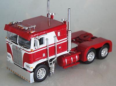 RED WHITE KENWORTH K100 FLATTOP CAB ONLY 1/64 DCP DIECAST 33720