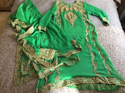 Vintage Indian Emerald Green Kameez Top Heavy Gold Embroidery With Shawl