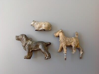 Antique Lead Dogs and Sheep Lamb Figures / Models / Toys