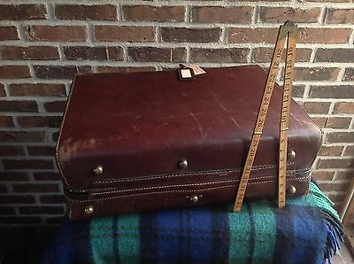BEAUTIFUL 1980's ATLAS SADDLE BELTING LEATHER LINEN LINED SUITCASE BAG R$2598