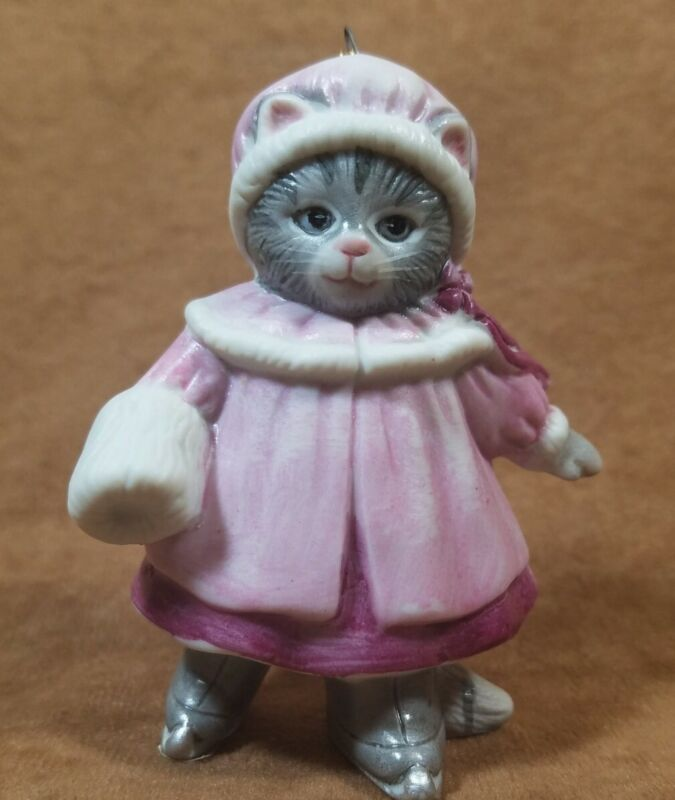 Vintage Schmid 1985 Kitty Cucumber Christmas Ornament Pink Coat w/ Muff Cat