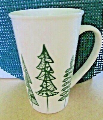 STARBUCKS Christmas Tree Green White Ceramic Coffee Mug Tea Cup 2015 17.8 oz