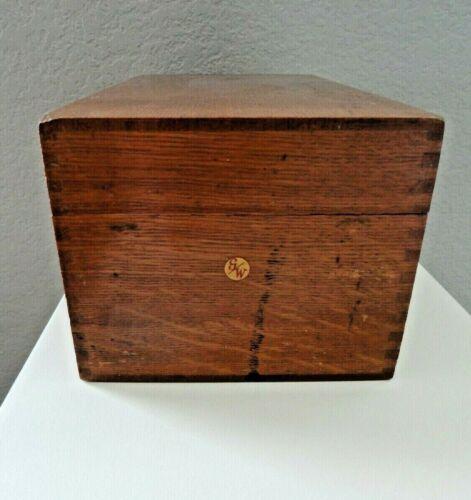 Vintage Globe Wernicke Oak Dovetail Wood Hinged File Card Recipe Box # 7310 C