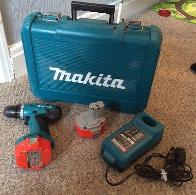 Makita 6281D Cordless Drill With 2 Batteries & Charger - With Case