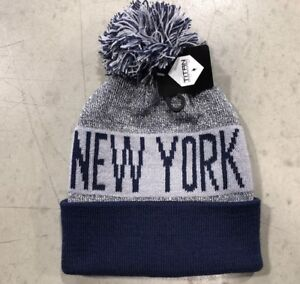 9426698f283 NWT - New York Yankees Team Color Pom pompom Beanie winter hat cap FREE S
