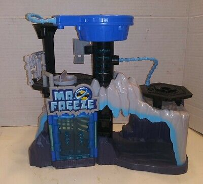 Fisher Price Imaginext Batman Mr. Freeze playset Lair Headquarters