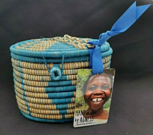 The Blessing Basket Project Fair Trade Oval Lidded Basket - Artist Signed-NWT