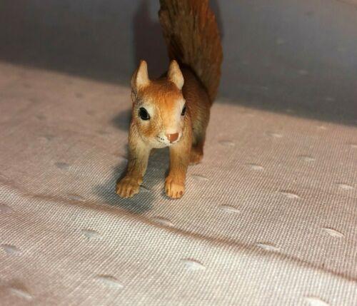 Schleich Eurasian Red Squirrel Retired 14367