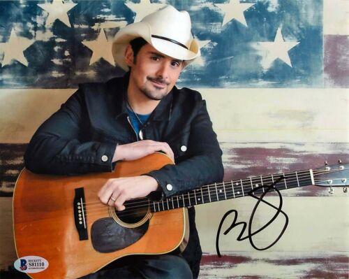 *AMERICAN FLAG* Brad Paisley Signed 8x10 Photo EXACT Proof BAS