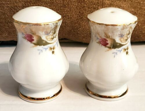 """2.5""""--Vintage Floral Salt and Pepper Shakers ~ White  w/ Gold Trim"""