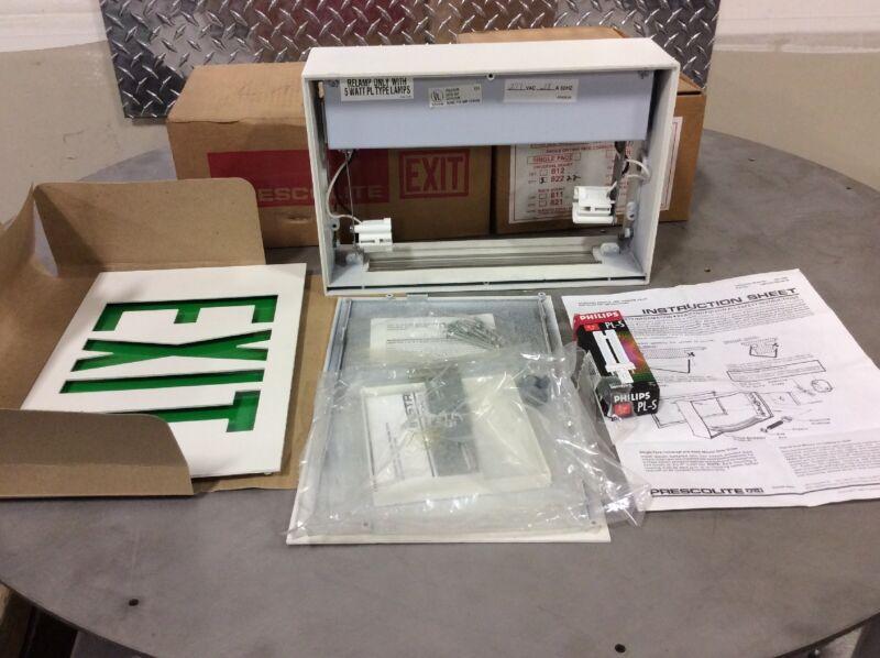 Prescolite 10674/E1301-00-00 Exit Sign, green