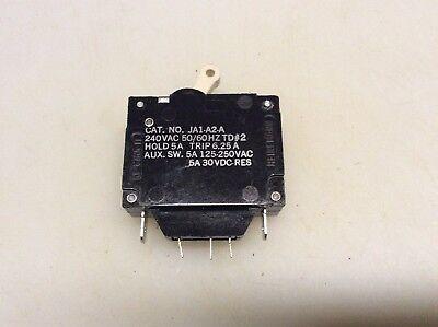 Heineman 5 Amp Circuit Breaker