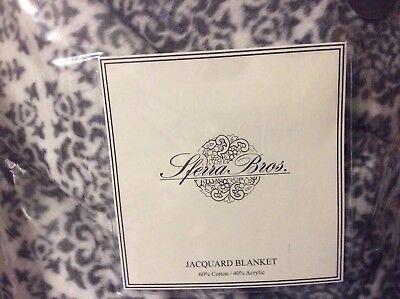 Sferra Bros. king Blanket in Grey Ivory, Jacquard Cotton/Acrylic  Acrylic Jacquard Blanket