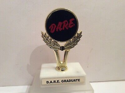 D.A.R.E. Graduate Trophy Drug Abuse Education Vintage 1986 Plastic Marble DARE