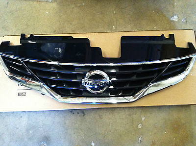 NEW OEM 2010-2012 NISSAN ALTIMA COUPE CHROME FRONT GRILLE - WITH NEW EMBLEM