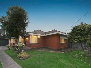 one room at glen waverley close to monash and holmesglen Glen Waverley Monash Area Preview