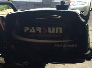 2016 Parsun 5.8 hp outboard motor