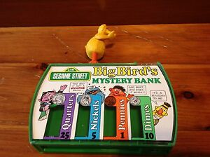 Sesame Street Vintage Toy Big Bird's Mystery Bank 1976 Windsor Region Ontario image 7