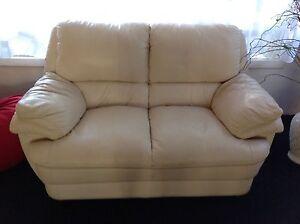 Sofa 3 pice Oakville Hawkesbury Area Preview
