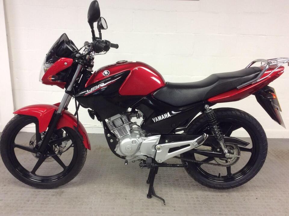 Yamaha YBR125 YBR 125 2016 / 16 Red