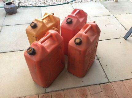 FUEL CONTAINERS 20Litres