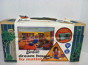 Vintage-1962-Barbies-Dream-House-with-Furniture-Instruction-Booklet-by-Mattel
