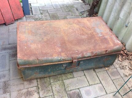 Old large rustic metal trunk with twin handles  Eden Hill Bassendean Area Preview