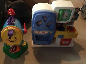 Toys fisher-price and Little tikes jouets