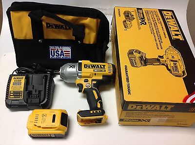 "NEW- DEWALT DCF899P1 20V MAX XR Brushless High Torque 1/2"" Impact Wrench Kit"