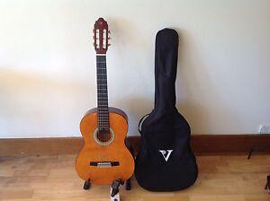 Guitar and accessories Mount Eliza Mornington Peninsula Preview