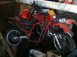 honda XL350R and XR350R
