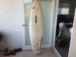 ESP Surfboard 6ft 1 - great beginners board