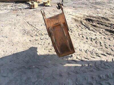 12 Used Case Backhoe Bucket