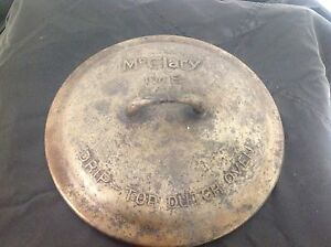 Vintage McClary No.8 drip top Dutch oven 10 inch