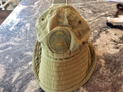 Rare Canadian Army Paratrooper Parktown Boonie Hat dated 1991