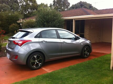 Hyundai i 30 hatch late 2013 as new Seville grove 0 Carey Seville Grove Armadale Area Preview