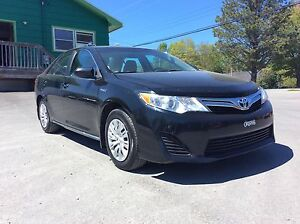 2012 Toyota Camry LE HYBRID - FULL PWR ACCESSORIES AND INCREDIBL