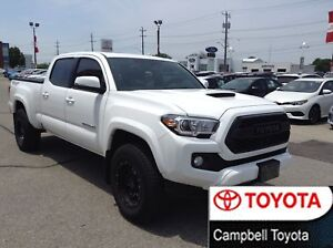 2017 Toyota Tacoma TRD SPORT EDITION  4X4  MOON ROOF