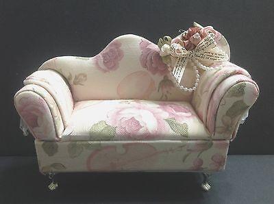 Dollhouse Furniture Pink Flower Cloth Sofa Chair(Monster High/Barbie Doll/etc)
