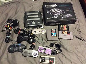 Retron 3 with 6 Controllers and 3 Games