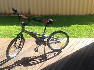 Cheap barely used children's/ teens bike Rockingham Rockingham Area Preview